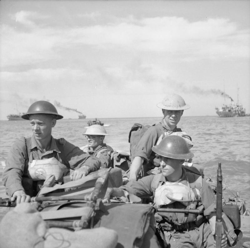 Британские солдаты.jpg